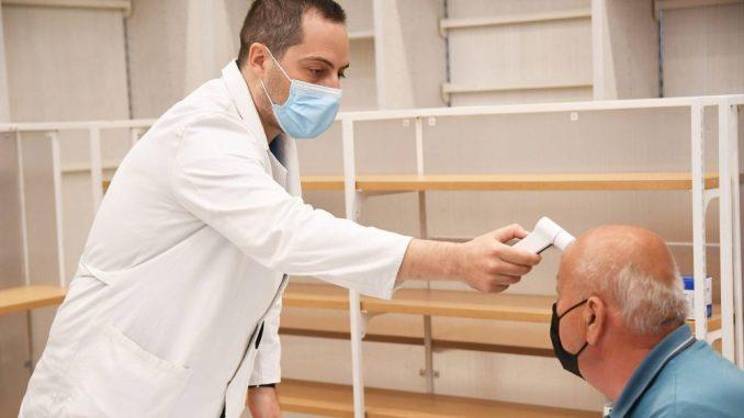 Vesić: Još 47.000 vakcina i polovina Beograđana je zaštićena 3