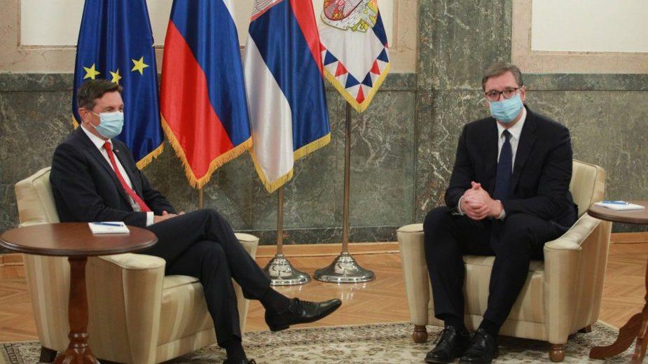 Vučić o dijalogu: Zamrznuti konflikti se završavaju stotinama i stotinama mrtvih, to nam ne treba