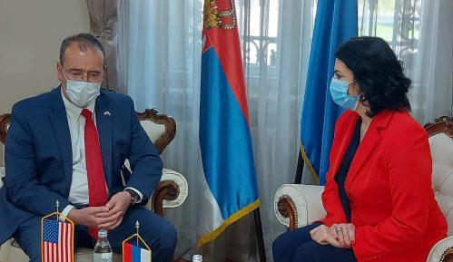 Američki ambasador otvorio laboratoriju za genetiku na Medicinskom fakultetu u Nišu 9