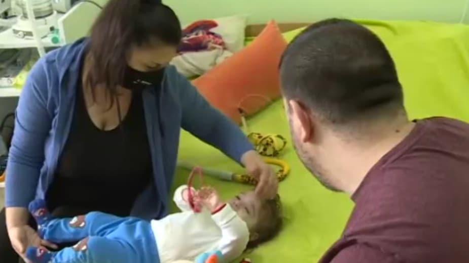 Posle genske terapije u Budimpešti Oliver se vratio kući, malog Gavrila tek čeka 1