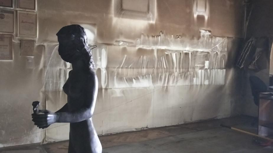 """Prolećna izložba ULUS-a """"Nevidljivi portret"""" biće otvorena za javnost do 4. juna 1"""