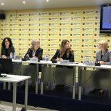 Kako zaposleni u Srbiji mogu da usklade rad i roditeljstvo 13