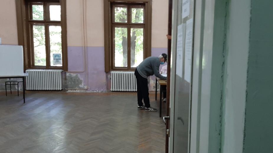U Zrenjaninu se održavaju mesni izbori na 27 birališta 1
