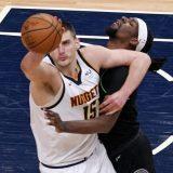 Jokić i Bogdanović vodili Denver i Atlantu do pobeda 12