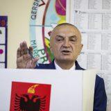 Albanski socijalisti pokrenuli impičment predsednika 11