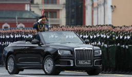 Putin na vojnoj paradi čestitao Dan pobede nad fašizmom (FOTO) 9