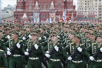 Putin na vojnoj paradi čestitao Dan pobede nad fašizmom (FOTO) 71
