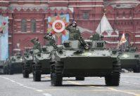 Putin na vojnoj paradi čestitao Dan pobede nad fašizmom (FOTO) 63