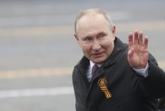 Putin na vojnoj paradi čestitao Dan pobede nad fašizmom (FOTO) 49