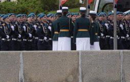 Putin na vojnoj paradi čestitao Dan pobede nad fašizmom (FOTO) 36
