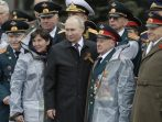 Putin na vojnoj paradi čestitao Dan pobede nad fašizmom (FOTO) 20