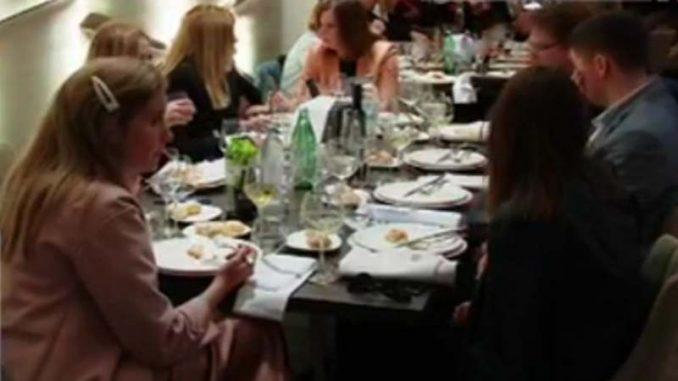 U Zagrebu prva eksperimentalna svadba bez mera i distance (VIDEO) 3