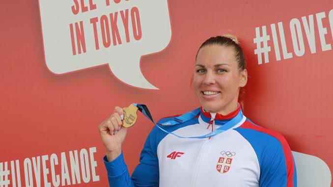 Milica Novaković osvojila zlatnu medalju na Svetskom kupu u kajaku 5