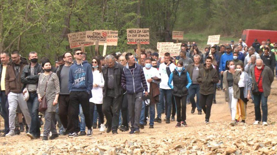 Ekološki aktivisti na Rađevici: Država da prestane sa zločinom ili opšta pobuna 1