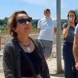 Svetlana Bojković ispred kamiona u odbrani Bare Reve (VIDEO) 9
