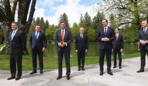 Vučić: Na samitu u Sloveniji bilo reči o promeni granica, Srbija poštuje već utvrđene granice 13