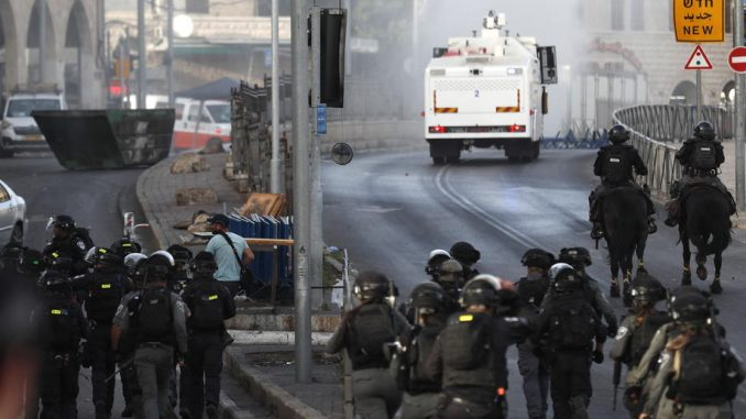 Novi sukobi između Palestinaca i izraelske policije kod Brda hrama 5