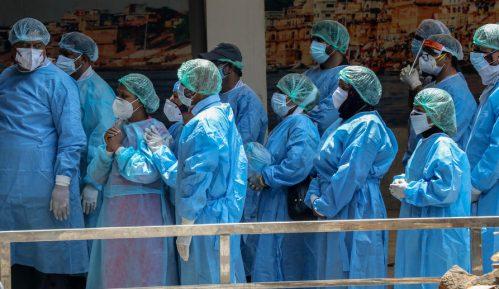 Policija u Indiji pronašla tela na obali reke Gang, sumnja se da su žrtve kovida-19 3