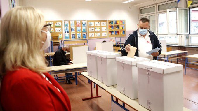 U Hrvatskoj do podne na lokalnim izborima glasalo 15,47 odsto birača 3