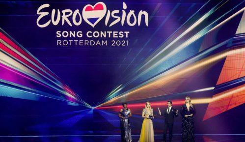 Poznati prvi finalisti Evrovizije, bez poštovanja mera u publici (VIDEO, FOTO) 11