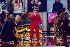 Poznati prvi finalisti Evrovizije, bez poštovanja mera u publici (VIDEO, FOTO) 14