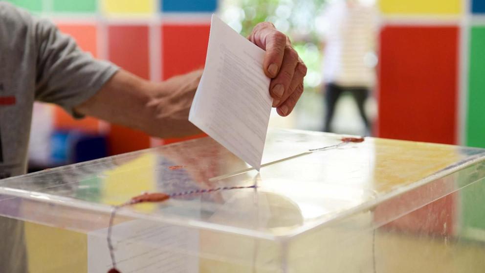 Opozicija može da podrži nezavisne kandidate, ne i da učestvuje 16