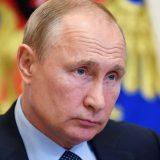 """Rusija, tajna služba i predsednik: """"Putinovi ljudi"""" - odiseja službenika KGB-a koji je zauvek ostao u Drezdenu 12"""