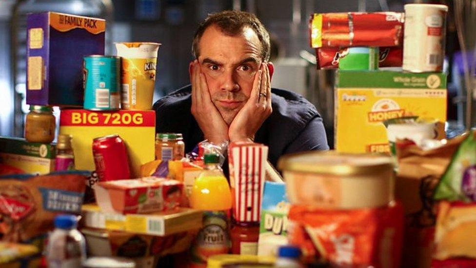 "Doktor Kris Van Tuleken sedi iza mnoštva ""ultra-prerađene hrane"""