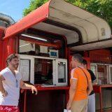 Jugoslavija, socijalizam, nostalgija: Hoće li opstati čuveni crveni kiosk sa viršlama u Beogradu 12