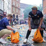 EURO 2020 i fudbal: Škotski navijači očistili centar Londona posle remija sa Engleskom i žurke 11