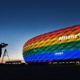 Mađarska i LGBT: Zakon protiv homoseksualnosti ugrožava emitovanje omiljenih TV programa 12