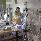U svetu od korona virusa umrlo 3,73 miliona ljudi 9