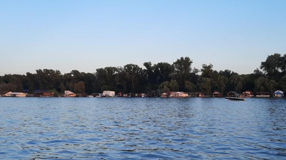 Gradska čistoća: Od sutra počinje zaprašivanje komaraca i iz čamaca 1