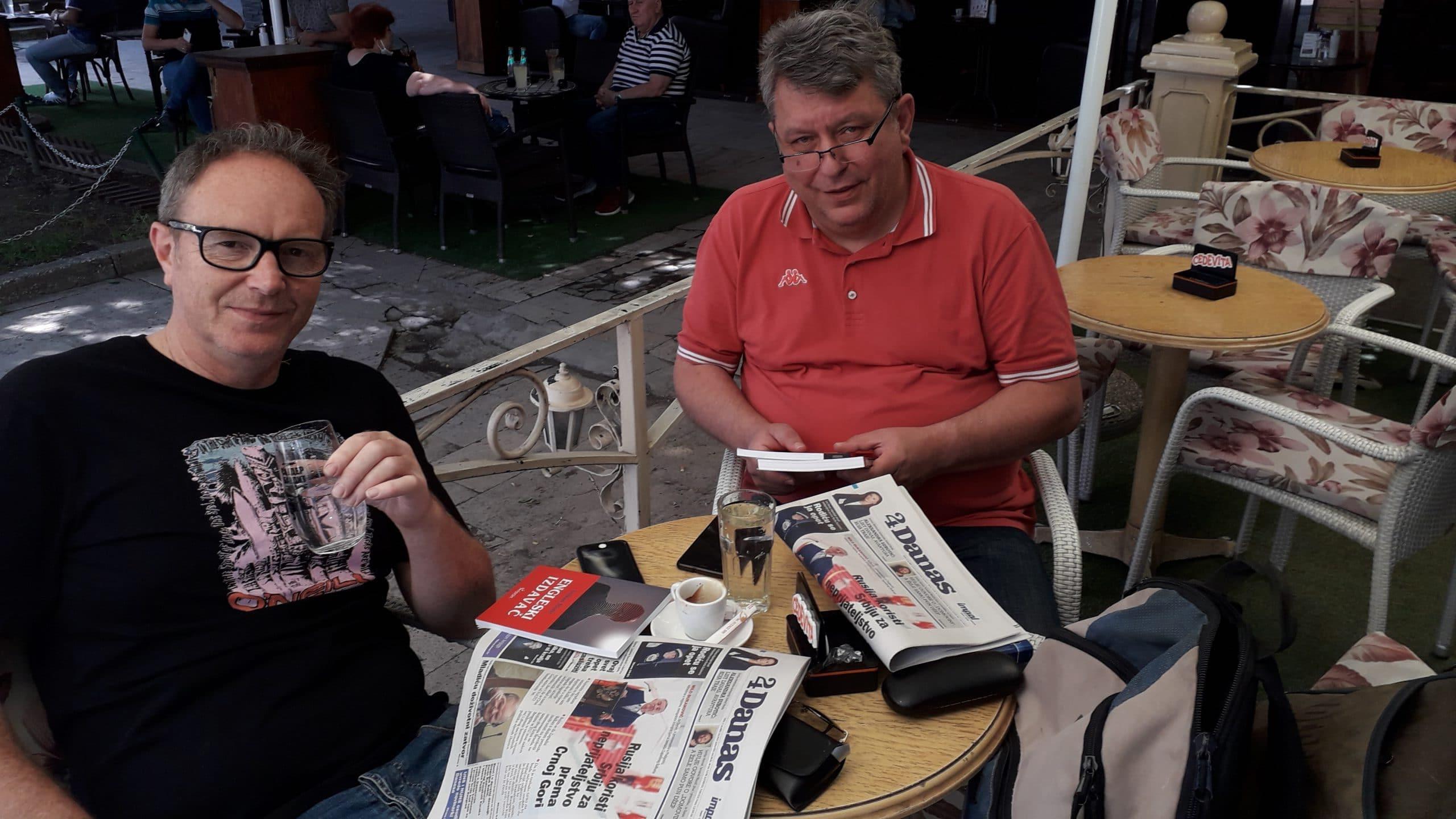 Novinari i urednici Danasa delili rođendanski broj na ulicama više gradova (FOTO) 10