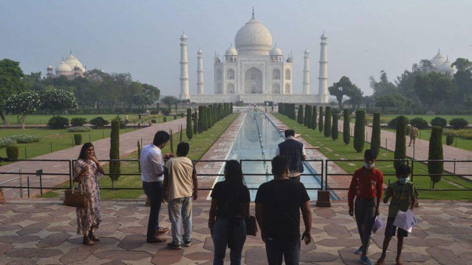 Indija otvorila za posetioce spomenik ljubavi Tadž Mahal 1
