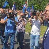 Vučić: Normalna, pristojna Srbija se ne boji Jeremićevih batinaša 8