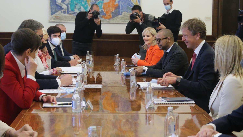 Vučić sa predstavnicima kompanije Rio Tinto: Svi projekti moraju da zadovolje ekološke standarde 1