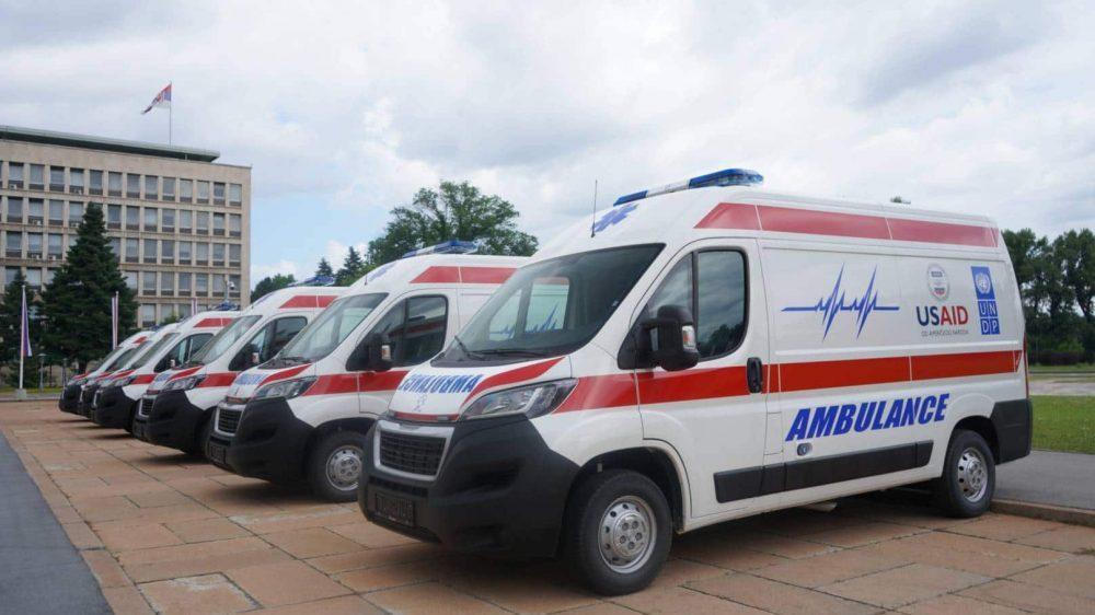 SAD donirale Srbiji šest ambulantnih vozila u okviru zajedničke borbe protiv korone 1