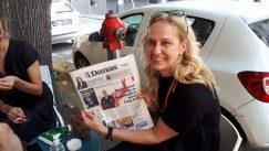 Novinari i urednici Danasa delili rođendanski broj na ulicama više gradova (FOTO) 23