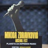 """Arsenal Fest dodelio plaketu """"Mikica Zdravković"""" muzičkom uredniku Radio Beograda 202 22"""