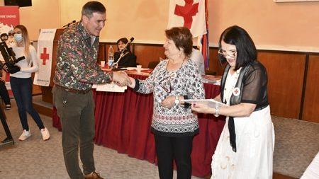 Crveni krst Negotin obeležio Svetski dan dobrovoljnih davalaca krvi 16