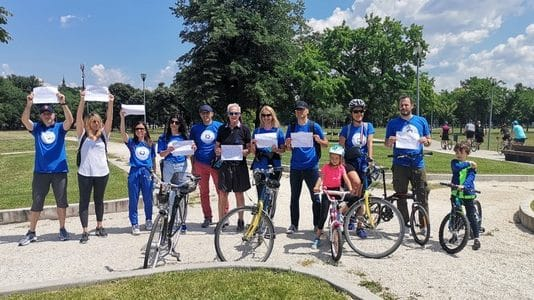 Održana masovna biciklistička vožnja u znak podrške obolelima od raka debelog creva 1