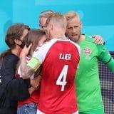 Kapiten reprezentacije Danske se srušio u finišu prvog poluvremena Evropskog šampionata 11