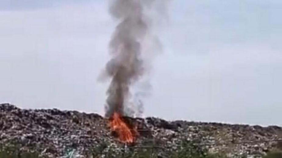 U toku gašenje požara na centralnoj deponiji u Kragujevcu 1