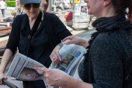 Novinari i urednici Danasa delili rođendanski broj na ulicama više gradova (FOTO) 4
