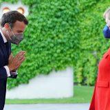Merkel i Makron na večeri u Berlinu, pozvali na oprez zbog delta soja korona virusa 11