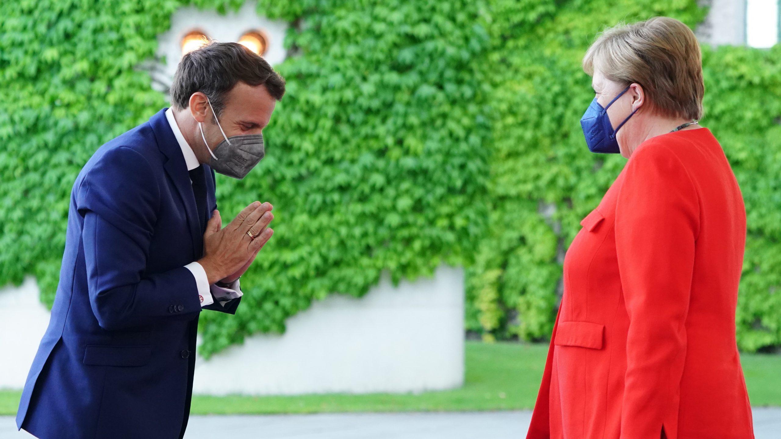 Merkel i Makron na večeri u Berlinu, pozvali na oprez zbog delta soja korona virusa 1
