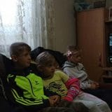 Patrijarh u Bujanovcu sa decom gledao Rolan Garos 9