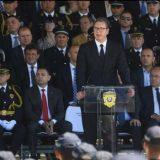 Vučić: Dok sam ja predsednik u Srbiji neće biti doneta rezolucija o Srebrenici (FOTO) 3
