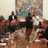 Vučić britanskom ministru Volasu: Srbija će uvek biti čvrst oslonac za miran i stabilan Balkan 15